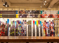 CAN-SKI shop Whistler